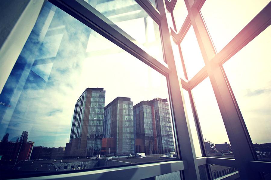 vantaggi finestre in alluminio