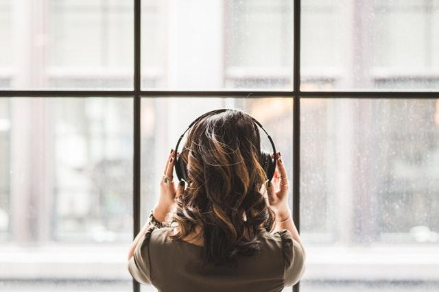 isolamento acustico e vetri