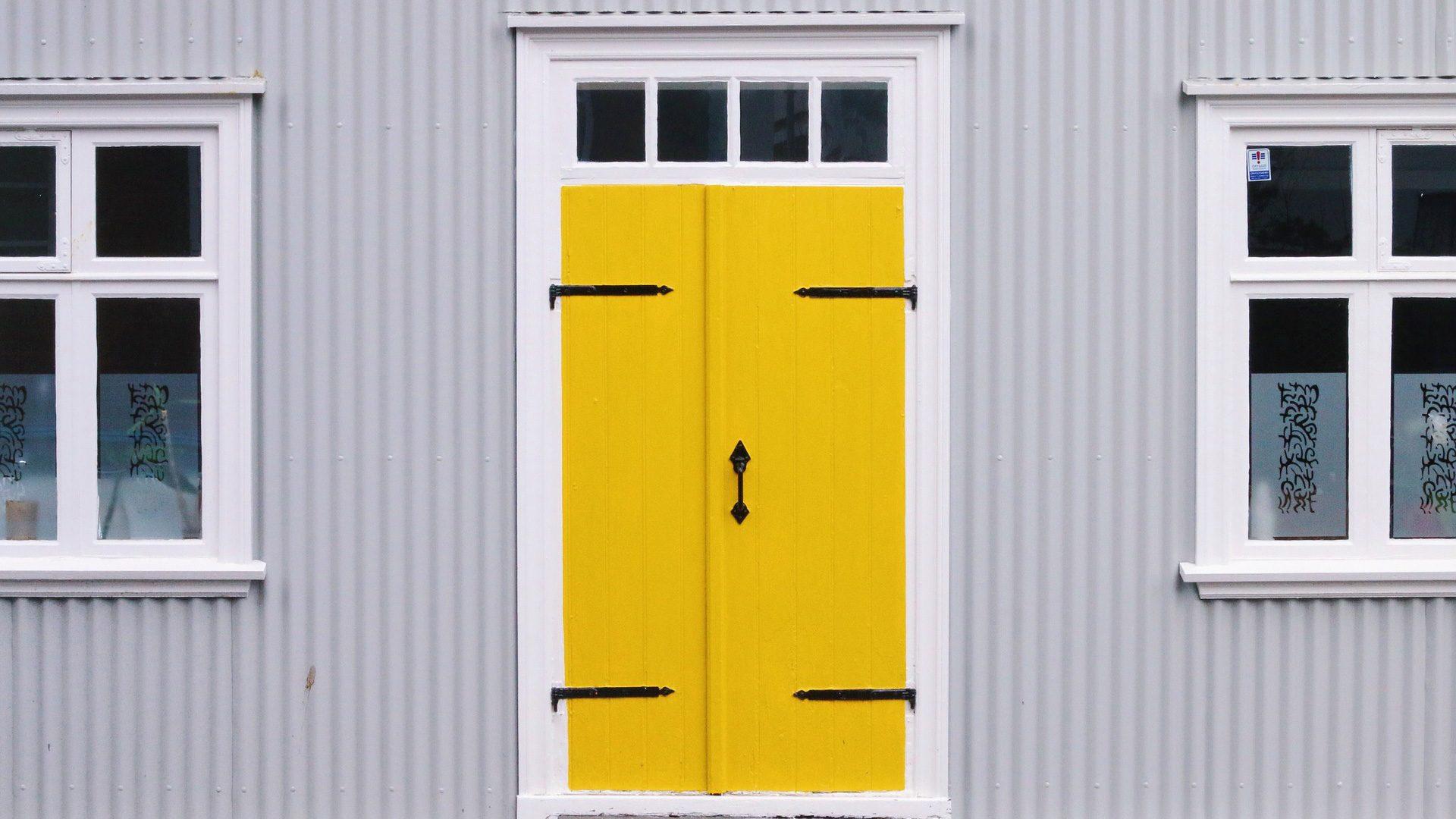 Porte in legno: manutenzione ordinaria e straordinaria