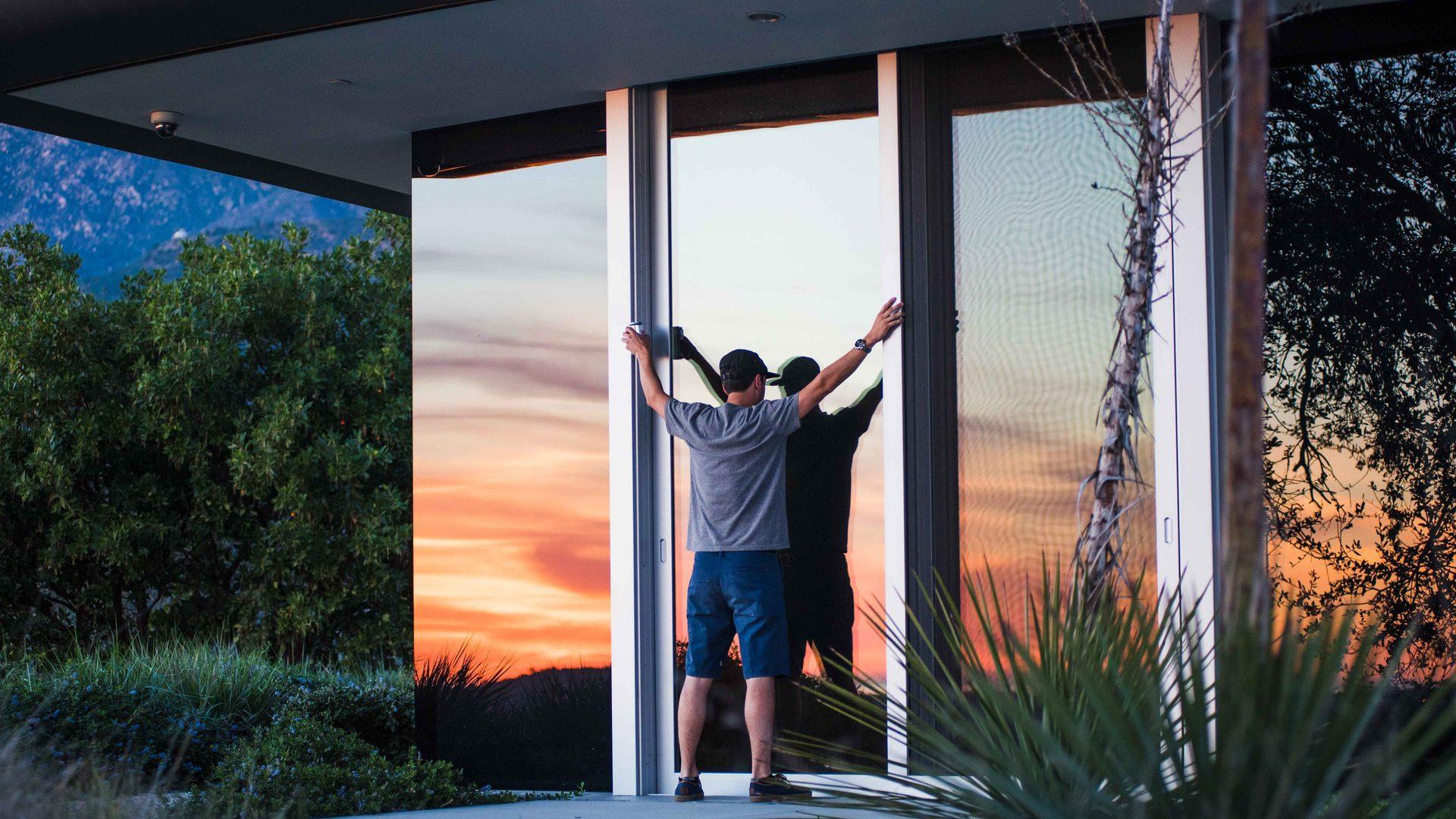 Come pulire le finestre in alluminio in 3 semplici mosse